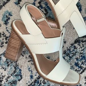 NEW Sigerson Morrison genuine leather high heels